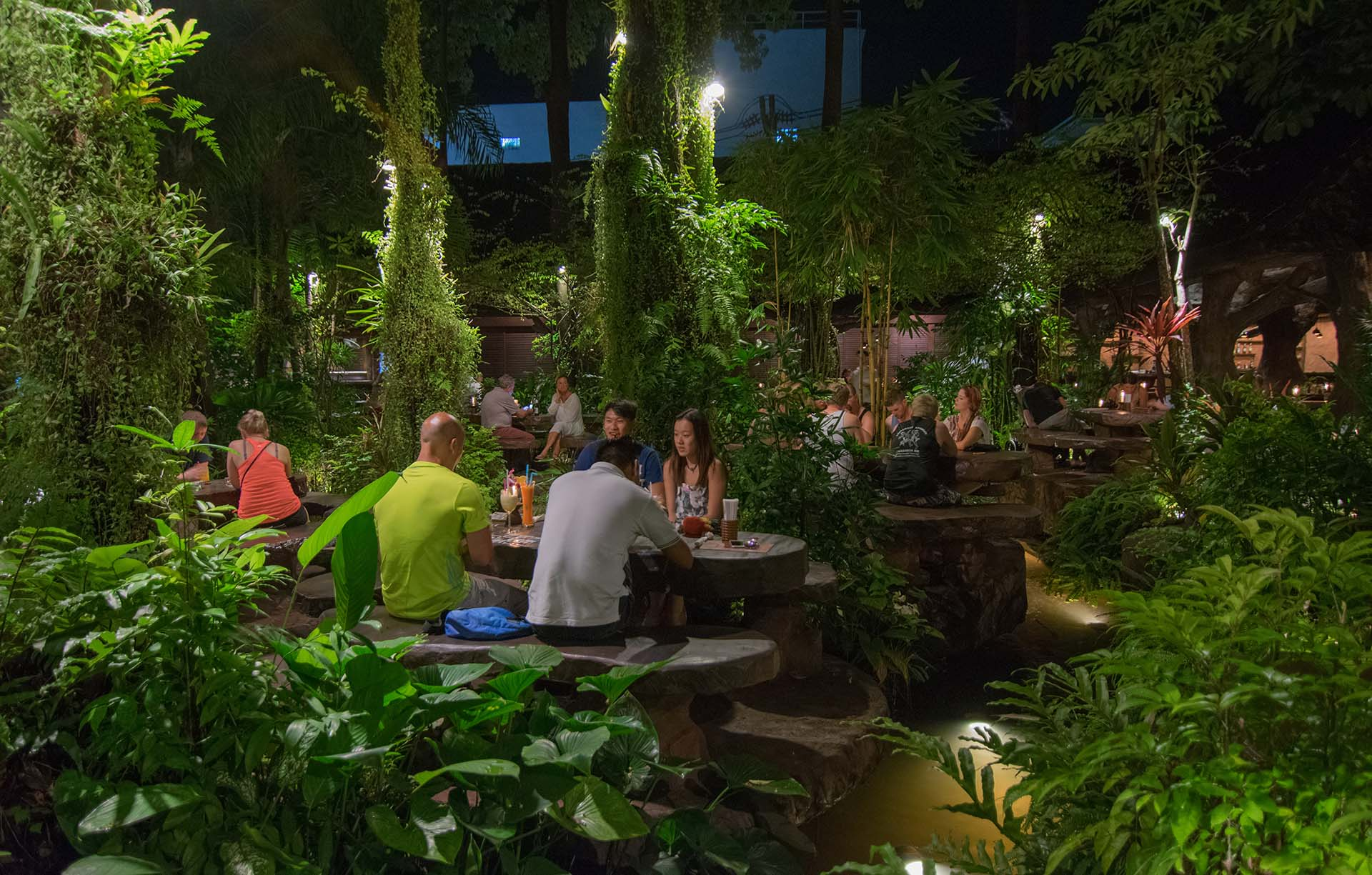 Dino Park Bar & Restaurant